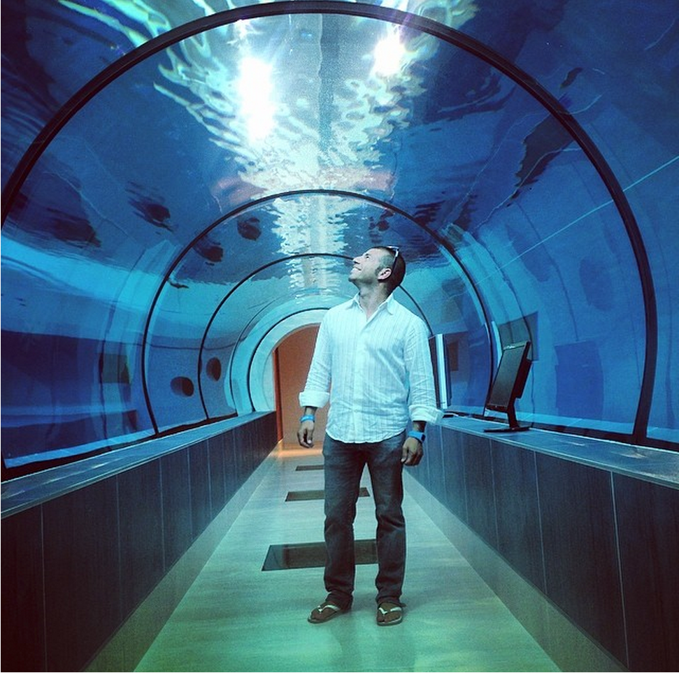 Y-40 Worlds Deepest Swimming Pool